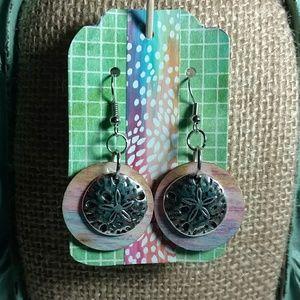 Jewelry - Summer Sand dollar Earrings